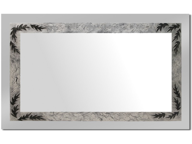 Grote spiegel met houten lijst 112 x 72 cm. L00002R