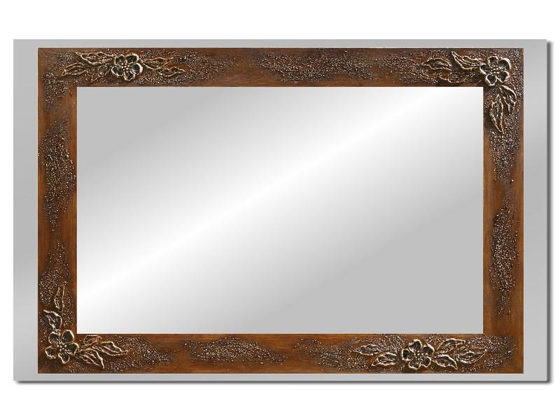 Grote spiegel met houten lijst 112 x 72 cm. L00007R