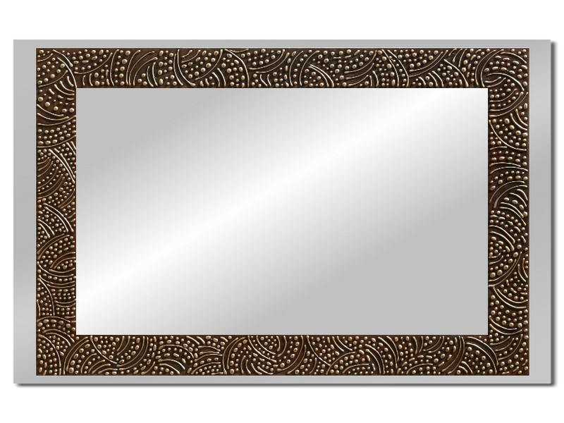 Grote spiegel met houten lijst 112 x 72 cm. L00011R