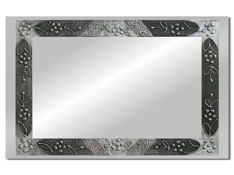 Grote spiegel met houten lijst 112 x 72 cm. L00021R