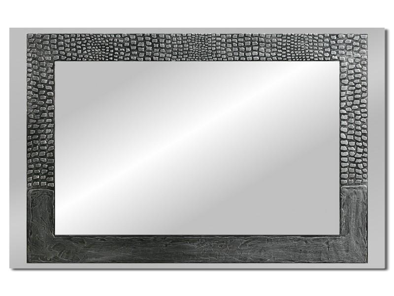 Grote spiegel met houten lijst 112 x 72 cm. L00026R