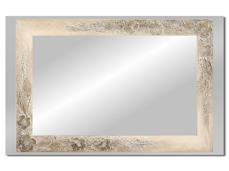 Grote spiegel met houten lijst 112 x 72 cm. L00028R