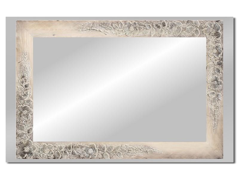 Grote spiegel met houten lijst 112 x 72 cm. L00031R