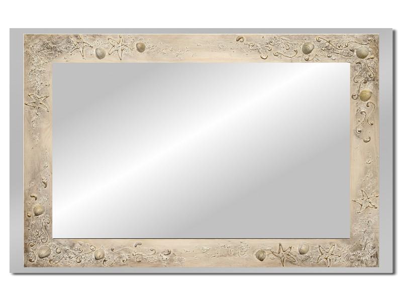 Grote spiegel met houten lijst 112 x 72 cm. L00038R