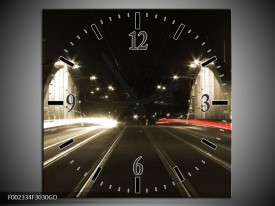 Wandklok op Glas Straat   Kleur: Zwart, Wit, Rood   F002334CGD