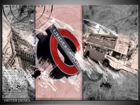 Glas Schilderij Underground, Engeland | Grijs, Rood